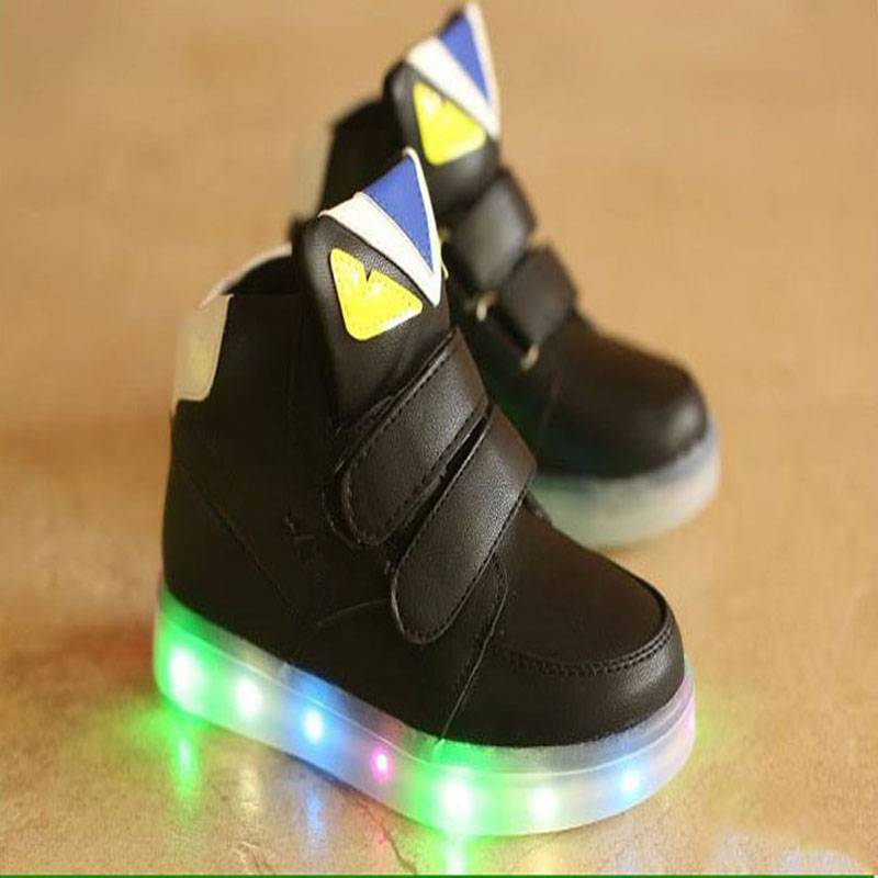 Baby Footwear European Lovely Cartoon Fashion Baby Sneakers Boots Hook&Loop Noble LED Lighting Girls Boys Shoes Flats