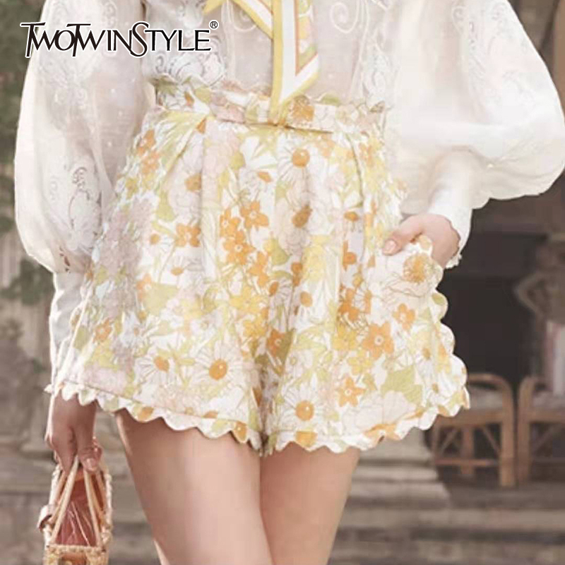 TWOTWINSTYLE Summer Print Wide Leg Shorts For Women High Waist Large Size Casual Short Trousers Female Fashion Clothing 2019 New