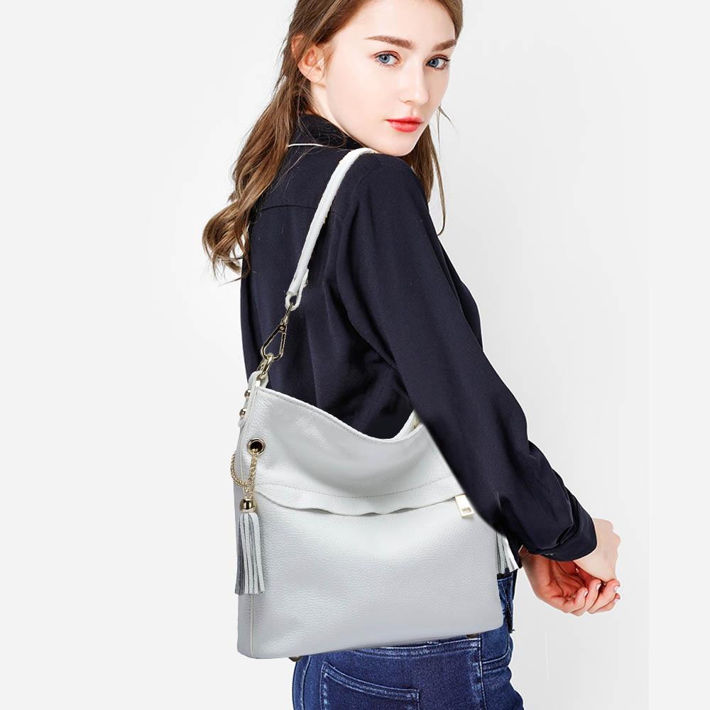 Image 3 - Zency 100% Очаровательная женская сумка на плечо из натуральной  кожи с кисточкой, модная женская сумка мессенджер через плечо, сумочка  черного и белого цветаСумки с ручками