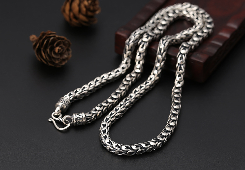 silver-necklace003a