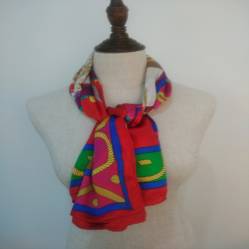 100% soie grand carré foulard femmes Charmful utile chinois classique 110*110 cm