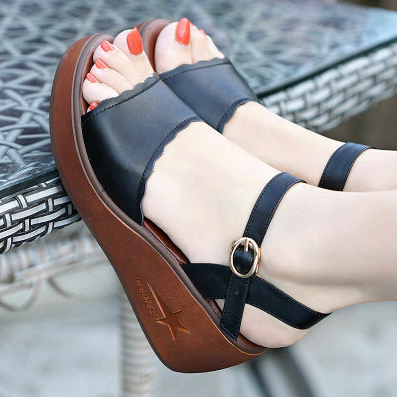 5d3ae7092e869 Gran tamaño 33-43 zapatos de mujer de cuero genuino de verano 2019  sandalias de