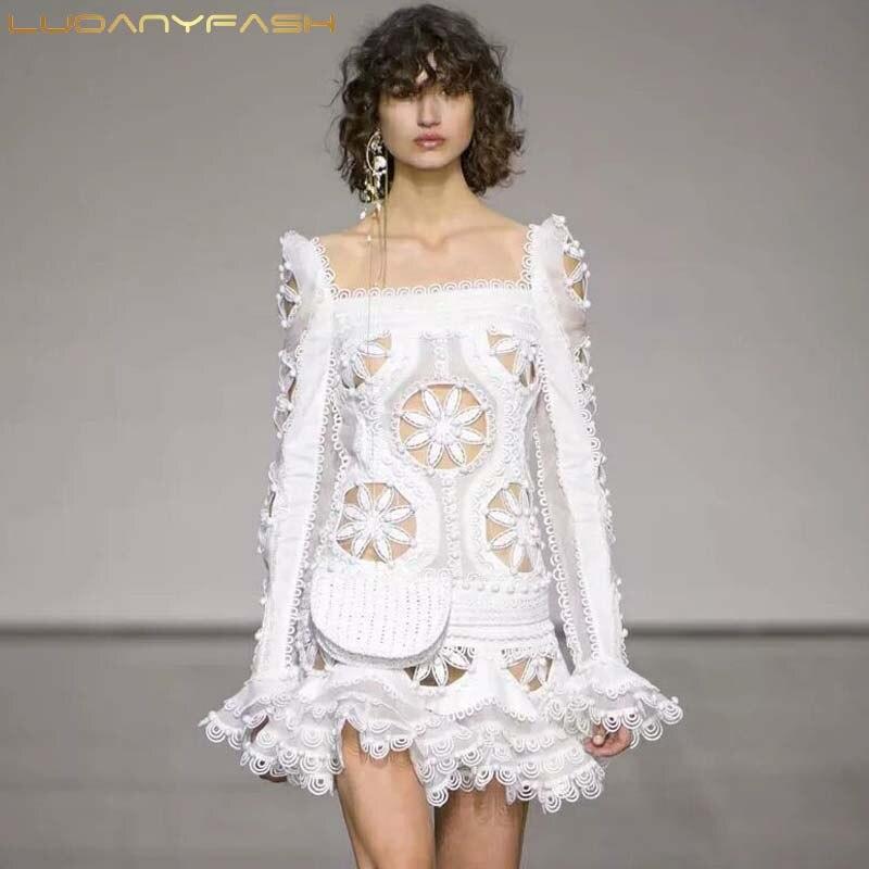 Luoanyfash dentelle robe florale évider Slash cou Flare manches drapées Mini sirène robes grande taille printemps mode nouveau vêtement