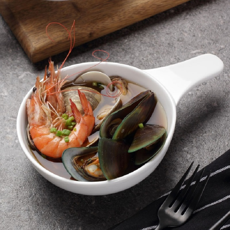 Continental seafood soup bowl afternoon snack bowl single cheese rice rice bowl creative ceramic white porcelain is healthie
