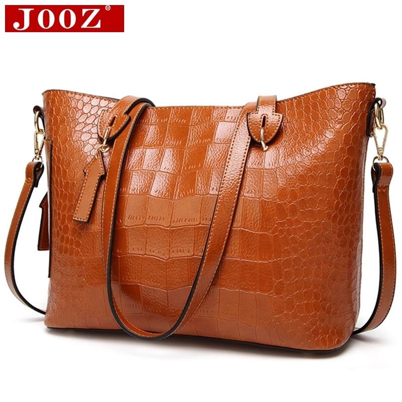 1804b776f Moda crocodile Mulheres Bolsas de Couro Embossing saco Crossbody para as  mulheres Casual Tote sacos Marrons Com Seta pingente de bolsa de mão