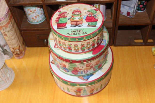 3PCS/set  Metal Baking Biscuit Box Round Storage Box Small Bear Round iron Case Full color print Christmas party gift  tin boxes