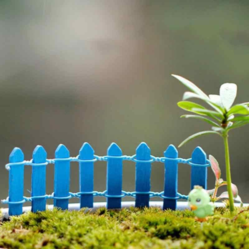 Vendita calda 2 PZ Reticolo di Legno Recinzione Mini Segni Fata Dollhouse Pianta Da Giardino Figurine Decor Ornament Paesaggio Miniature