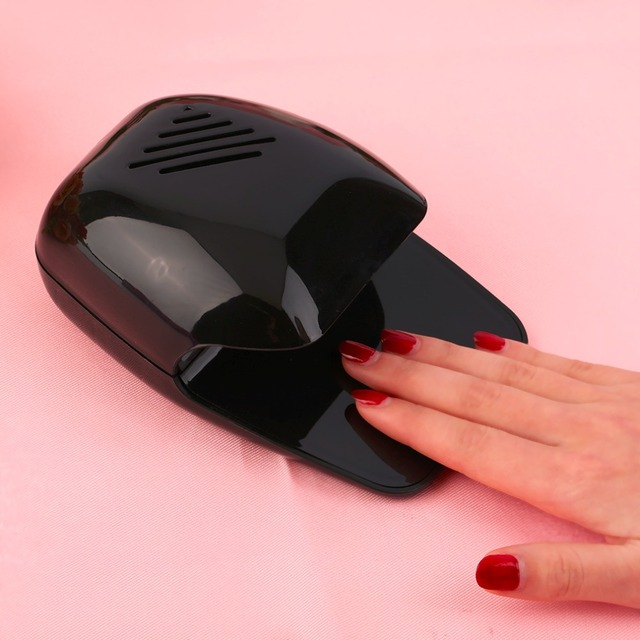 YM709 Professional Portable Mini Nail Dryer Personal Use Nail Polish Fashion Design Curing Manicure Small Fan Dryer
