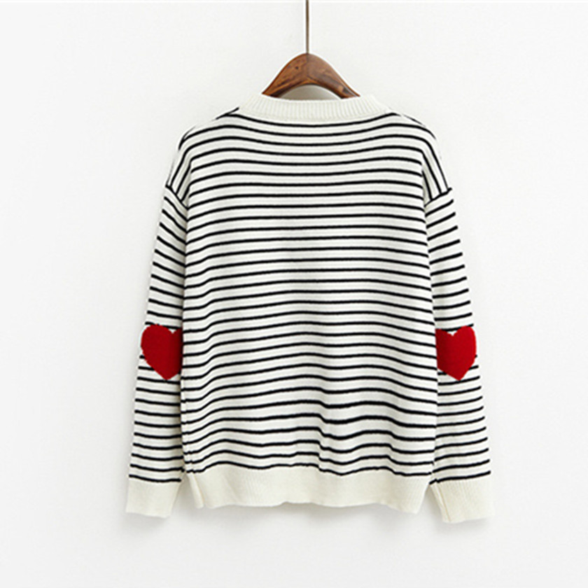 2017 Fashion Women Heart Print Pullovers Slim Comfortable Loose Striped O Neck Knitted Knitwear Autumn Winter