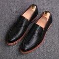 Мужчины винтаж дышащий летнее платье тиснение натуральная кожа обувь бизнес свадебные квартиры оксфорды обувь slip on острым носом мокасины