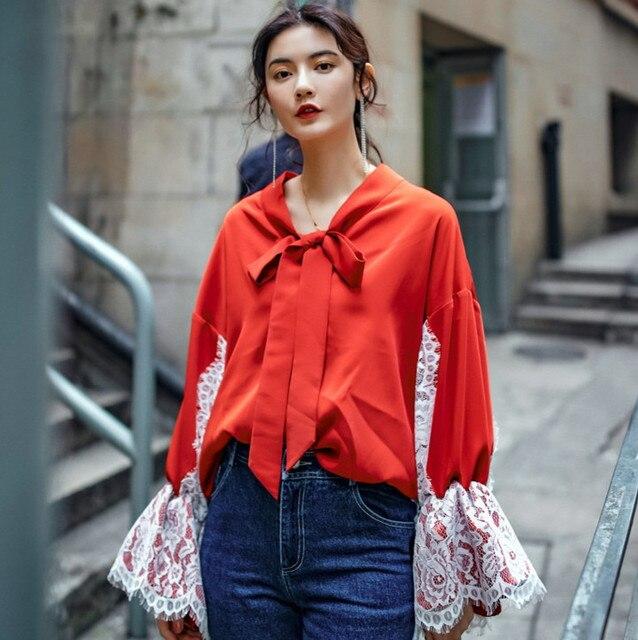 50fe32349 € 40.98 |Cakucool Nouveau Design Femmes Printemps Satin Faux Soie Blouse  Longue dentelle Flare Manches Blusa Arc V cou Rouge Lâche Femmes Top ...
