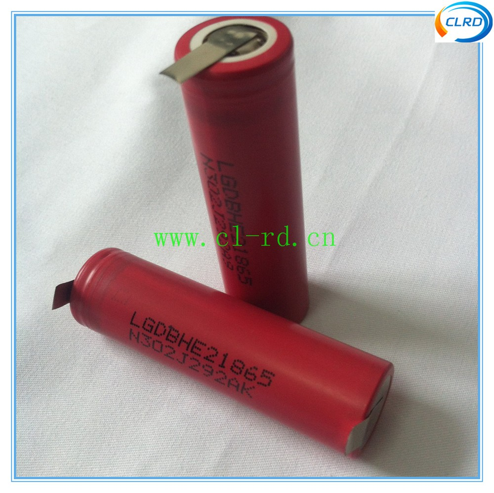 Baterias Recarregáveis taxa de descarga contínua 20a Tamanho : 18*65mm