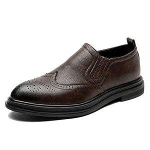 Image 2 - 2020 chaussures habillées pour hommes faites à la main Style richelieu Paty cuir chaussures de mariage en cuir chaussures formelles Oxfords