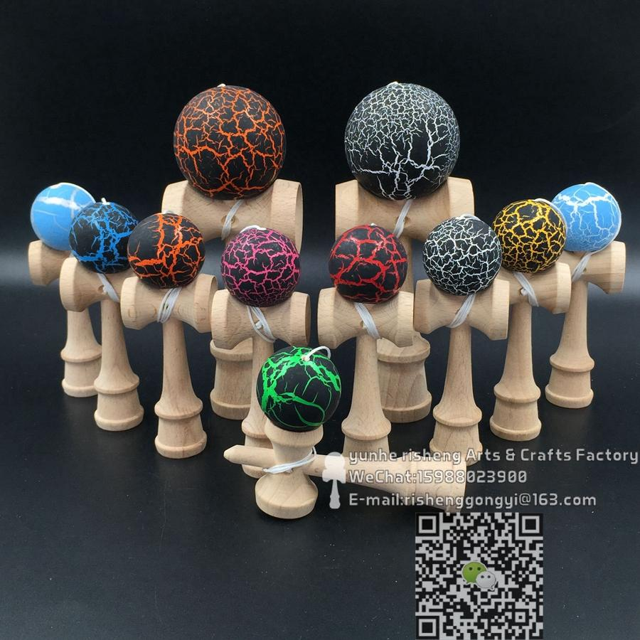 Color game japanese - 200pcs Crack Kendama 12cm Funny Japanese Beech Game Ball Colorful Pu Paint Tribute Professional China