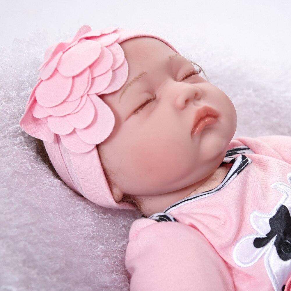 55cm Lifelike Reborn Baby Dolls Soft Vinyl Silicone Reborn Doll bebe reborn realista Accompanying doll Toys for Girls Children