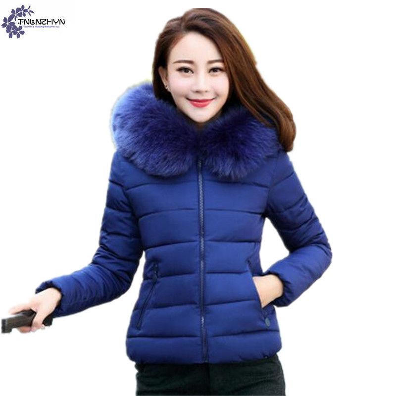 TNLNZHYN Women clothing Cotton coat winter fashion casual hooded fur collar large size female Long sleeve short Outerwea TT693