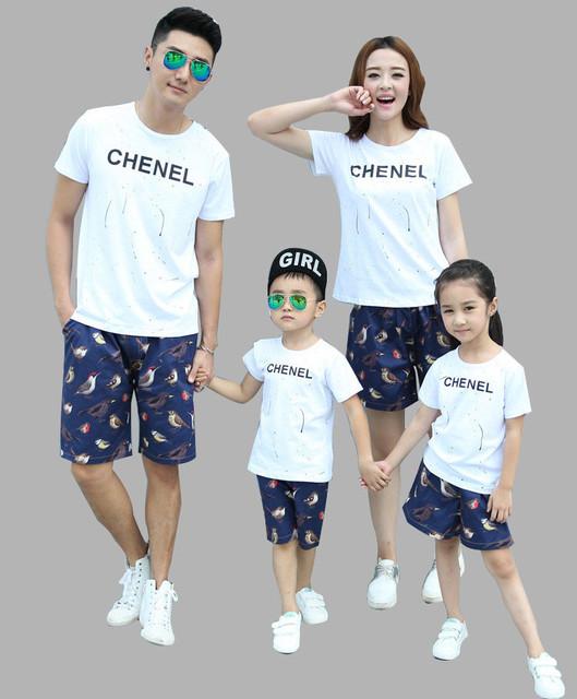 Padre hijo de algodón de moda camisa + cortocircuitos de la ropa de la familia establece AF1620 bird print ropa a juego para la venta