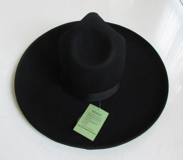 Men 39 s 100 Woolen Fedoras Hat Wide Brim Oversize 12cm Woolen Hat Fashion Black Wool Felt Fedora Woolen Cap Equestrian Hat B 8127 in Men 39 s Fedoras from Apparel Accessories