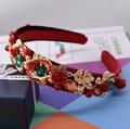 Moda de Luxo Casamento De Cristal tiara coroa de veludo verde vermelho dourado Hairband noiva do casamento barroco mulheres jóia da pérola