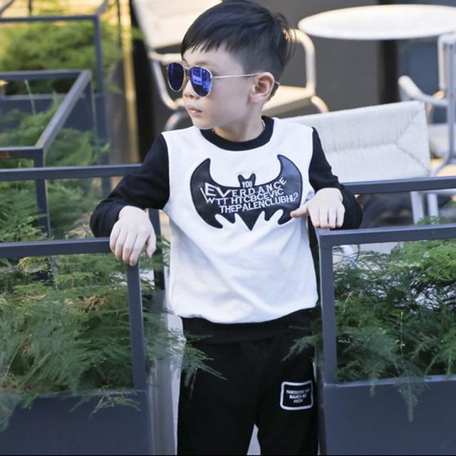 Muchachos de La Camiseta versión Coreana de la nueva murciélago de manga larga T-shirt camisa de costura del collar de cuero de 2016 del otoño