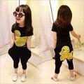Conjuntos de Roupas de Verão 2016 Da Marca Crianças Roupas unissex Menina/Meninos Roupas Dos Desenhos Animados Pato Amarelo T-Shirt + Harem Pants Crianças conjunto