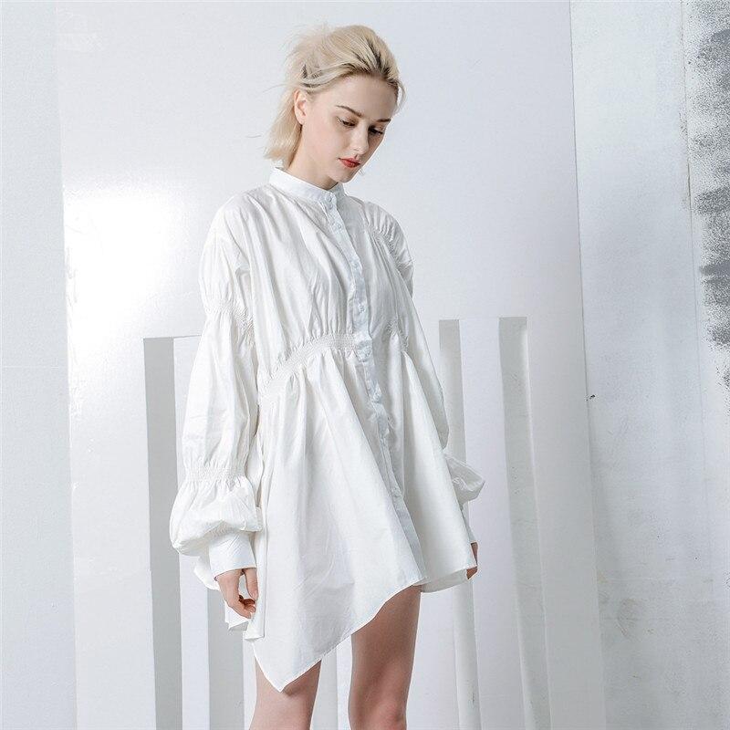 2019 printemps haute rue Style irrégulière plissé blouse décontractée Chic lanterne manches lâche noir blanc chemises plissées hauts à la mode