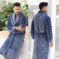 Autumn Winter Male Sleepwear Robe Men Flannel Super Thick Male Robe Long Sleeve Soft Warm Mens Bathrobe Velvet Mens Robe