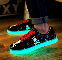 Size 35-44 New Emitting Luminous Skull shoes Men Women Valentine Casual Shoes Lace-up Flats Man Shoes