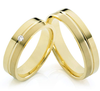 custom tailor Jewelry yellow Gold Plating titanium engagement wedding rings sets for him and her