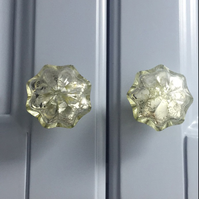 2PCS Hand Polished Crystal Cabinet Drawer Knobs Victorian
