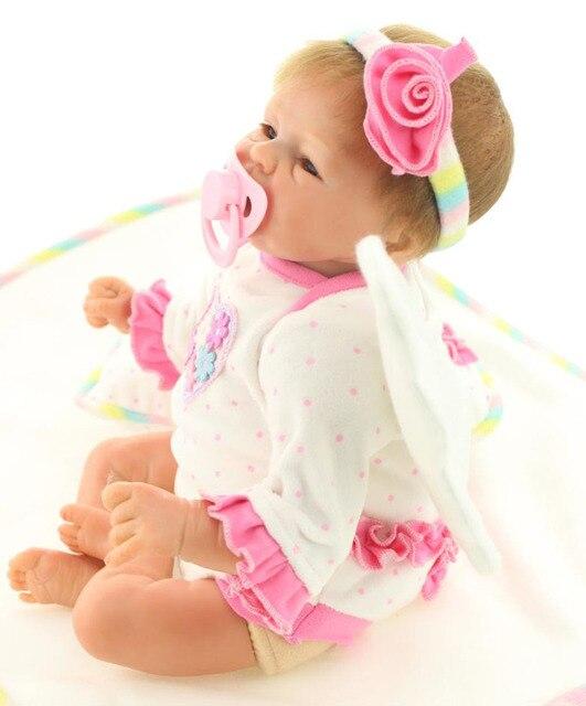 18 inch Реальный Взгляд Reborn Детские Реалистичного Little Angel Wing  Девушки Мягкие Силиконовые Куклы, Наборы d9ab352462e