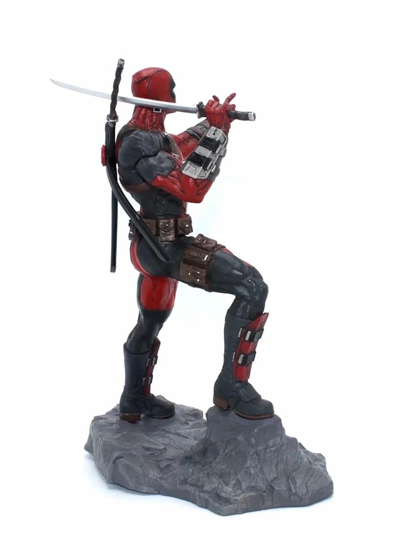 Deadpool Figure (4)