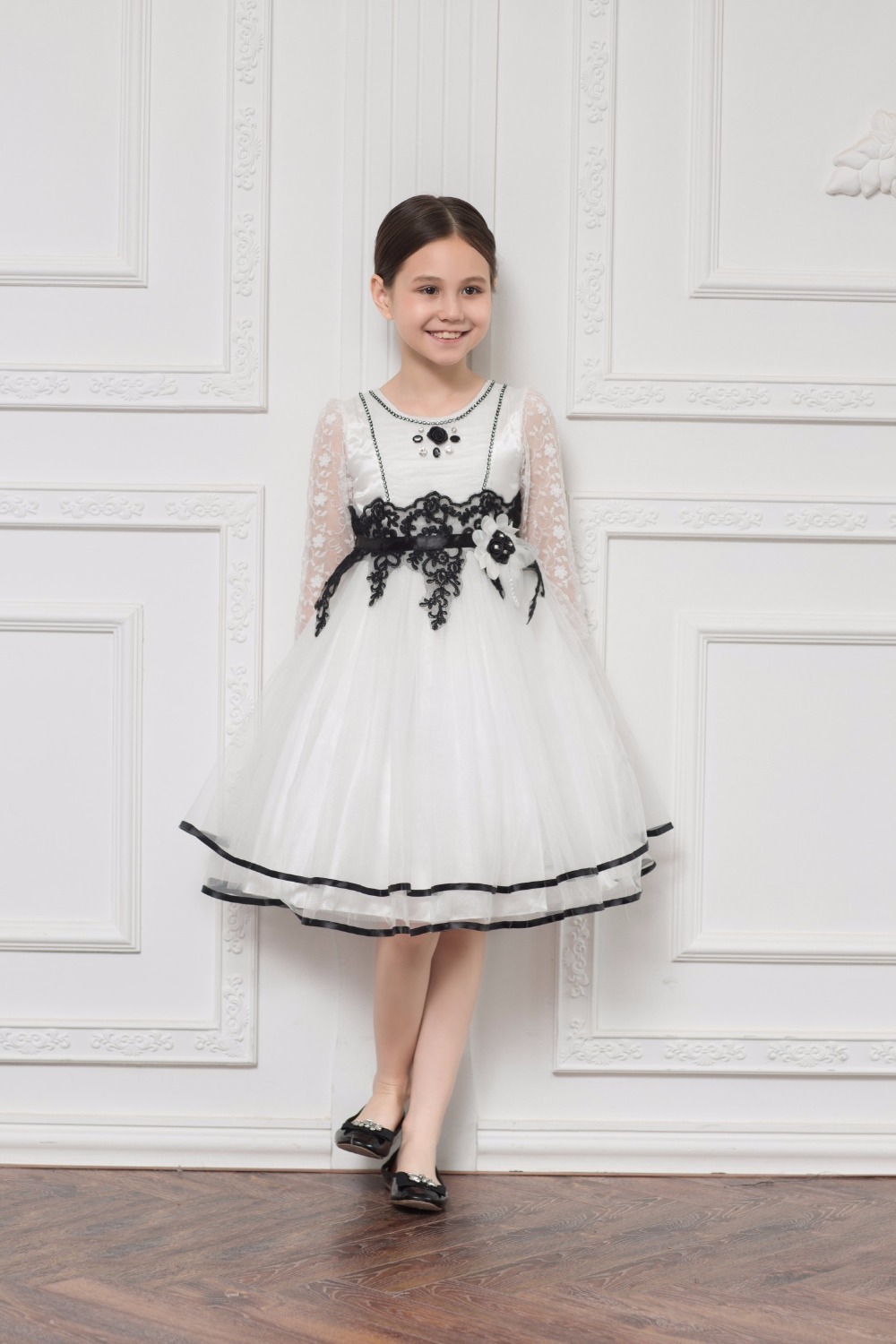 Elegant Organza Beading Black Applique Lace A-line   Flower     Girl     Dress   for Wedding Bow Sash First Communion Prom   Dresses   for   Girl