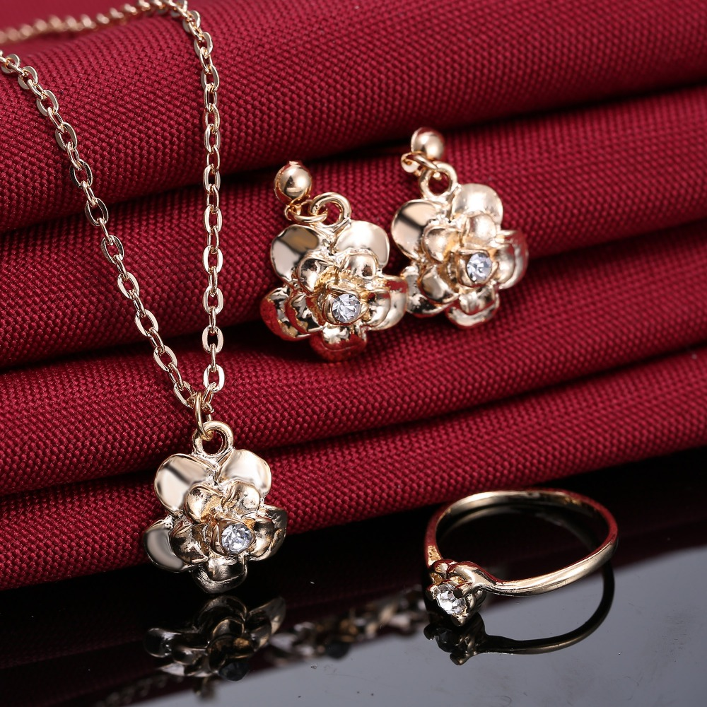 Online get cheap jewelry set gold aliexpress alibaba group fashion charm crystal jewelry sets gold color flower necklace earrings ring jewely sets for woman girl gift dhlflorist Image collections