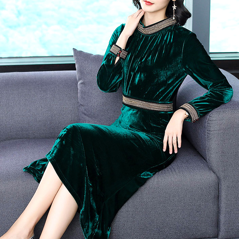 Платье фото новинки осень зима бархат