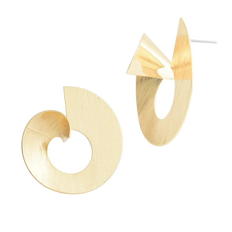 New-Fashion-Metal-Vortex-Stud-Earring-for-Women-Shiny-Round-Geometric-Gold-Silver-Color-Small-Earring (1)