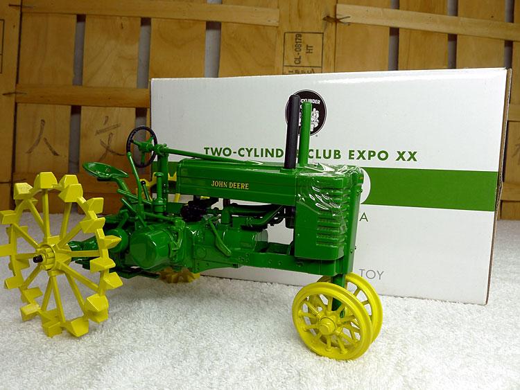 KNL HOBBY J Deere G Series tractors agricultural vehicles of World War II alloy metal wheel model collection gift 1:16 стоимость