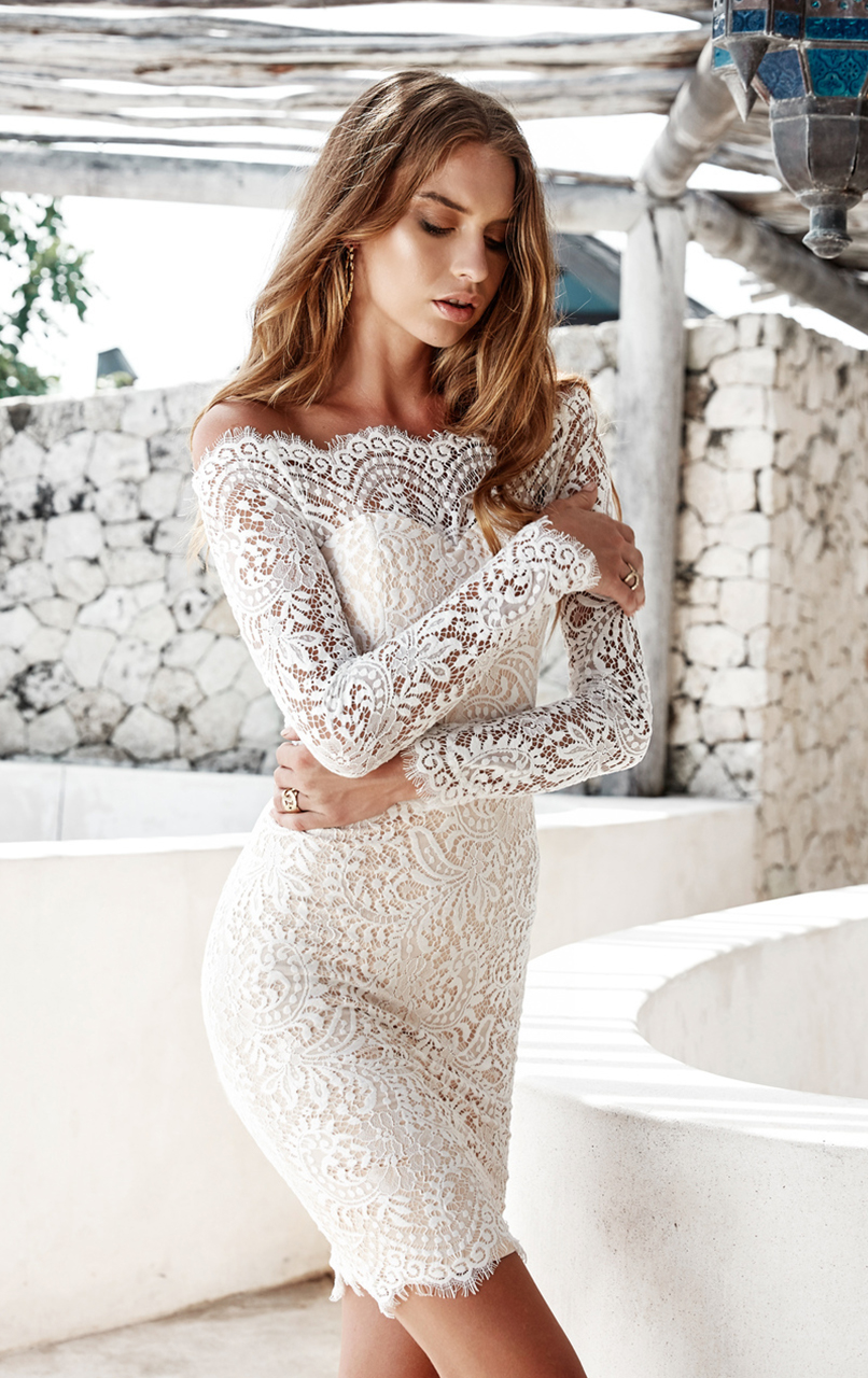 Beige 2019 Elegant   Cocktail     Dresses   Sheath Long Sleeves Short Mini Lace Party Plus Size Homecoming   Dresses