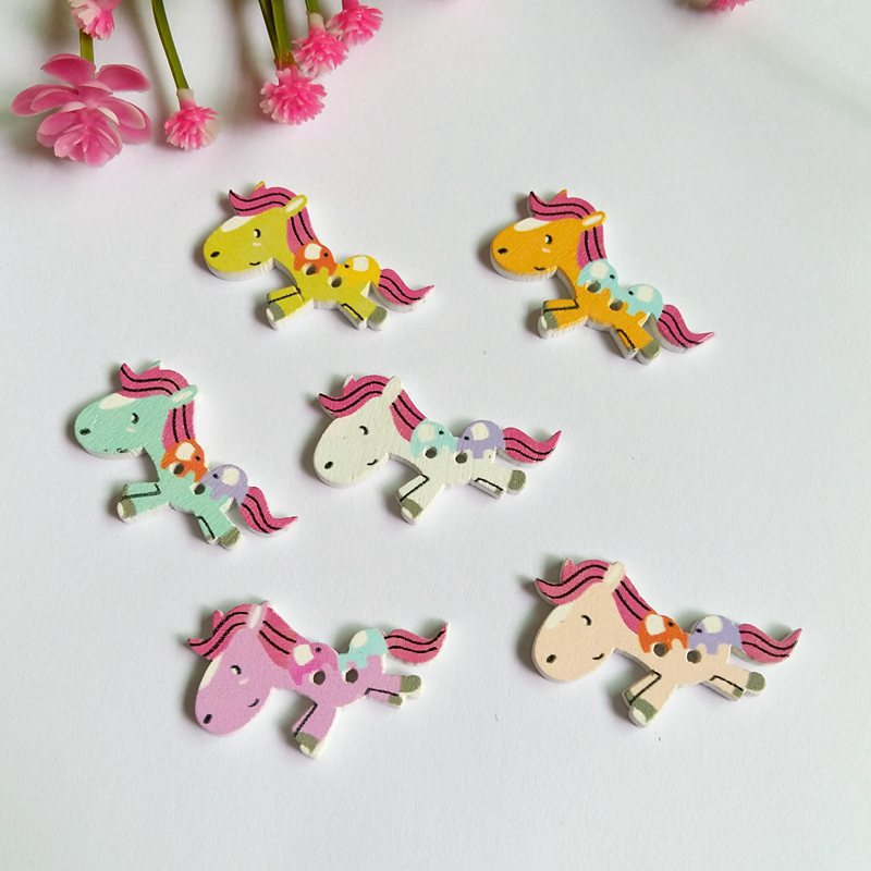 120PCs Mixed Color horse Wooden Buttons For Decoration 2 Holes Scrapbooking Crafts Decorative Buttons Sewing Accessories
