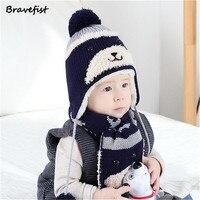 Novo 2 Pçs/set Criança Inverno Engrossar Manter Quente Acrílico Chapéus E Cachecol Bebê Dos Desenhos Animados do Urso de Malha Cap Para O Menino Menina