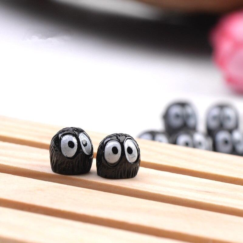 10pcs-lot-Spirited-Away-miniature-figurines-toys-cute-lovely-Model-Kids-Toy-1cm-PVC-japan (1)