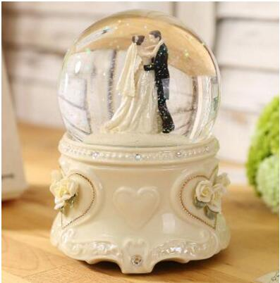 crystal ball snow spin happy wedding gifts to the bride wedding gift