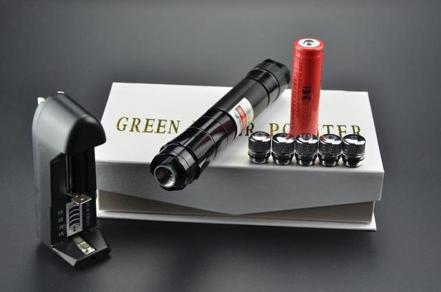 Высокая мощность 532nm зеленая лазерная указка фонарик/сжигание лазерный факел фокус ожог матчей бесплатная доставка