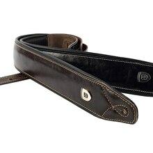 حزام جيتار مصنوع من جلد البقر الطبيعي عالي الجودة للجيتار الكهربائي باس حزام أسود مبطن قابل للتعديل بلون أحمر داكن