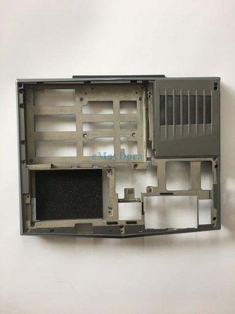 Nouvelles pièces dordinateur portable dorigine pour DELL ALIENWARE11 M11X R2 Base inférieure 0Y7DYW Y7DYW