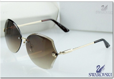 e8fdeee70 Hot selling Women Swarovski diamond polarizer sunglasses rimless sunglasses  noble gorgeous Ms. sunglasses free shipping em Óculos de sol de Acessórios  de ...