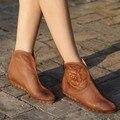 Sapatos feitos à mão das mulheres da flor do vintage de couro genuíno recorte sapatos botas legais das mulheres planas confortáveis de sola macia de alta casuais
