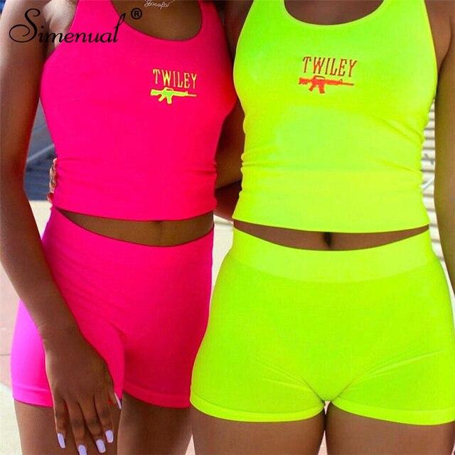 Simenual Lettera Del Ricamo 2 Piece Set Donne Casual Al Neon di Colore Tute di Estate Streetwear Crop Top E Shorts Set Modo Caldo 2