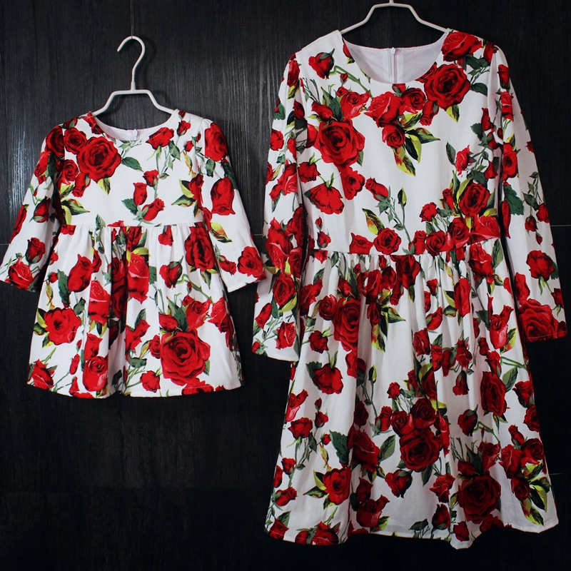 Marque blanche avec rouge rose coton enfants robe fille longue jupe plissé enfants vêtements mère fille jupes maman et fille robes