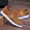 Zapatos de Lona de la manera 2017 de Los Hombres Zapatos Casuales Transpirable Lace up Lona Planos Zapatos Que Caminan Del Deporte Para Hombre Zapatos Para Caminar ligeros Zapatos de Malla